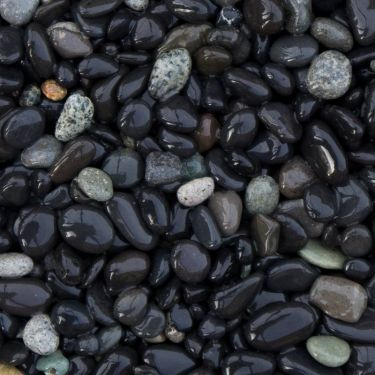 Beach pebbles zwart 5 - 8mm (nat)