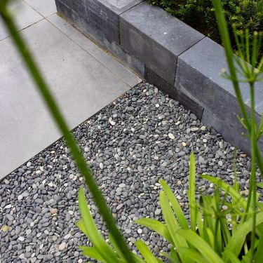 Beach pebbles 8 - 16mm aangelegde tuin