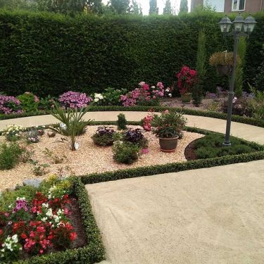 Dolomiet aangelegde tuin