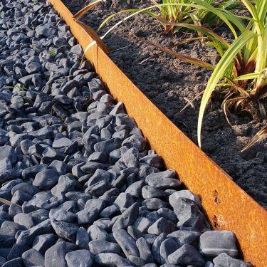 Multi-Edge METAL Afboording en nero ebano grind aangelegd (Cortenstaal)