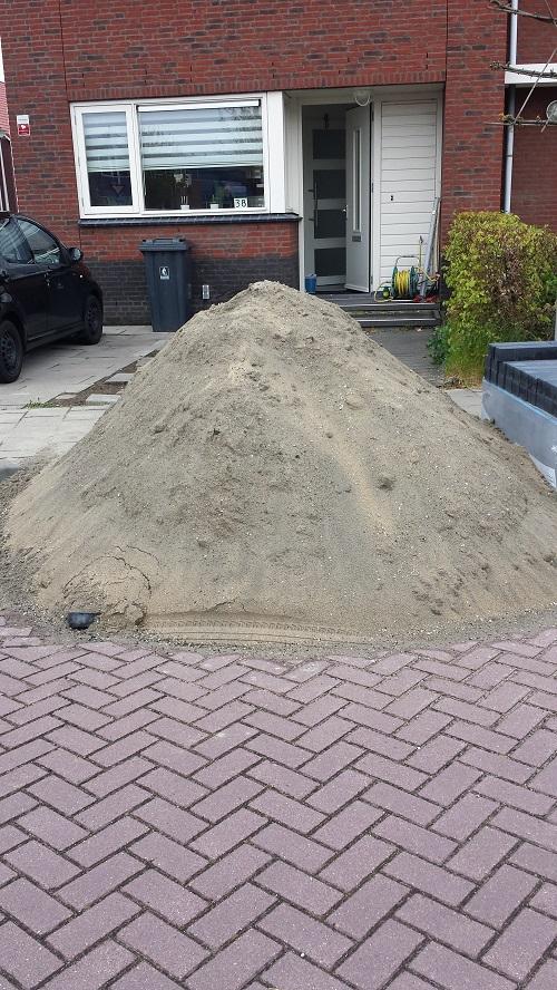 Zand gestort